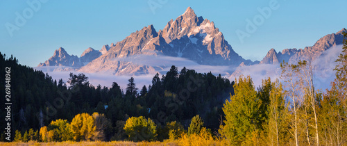 Obraz na plátně Autumn in Grand Teton