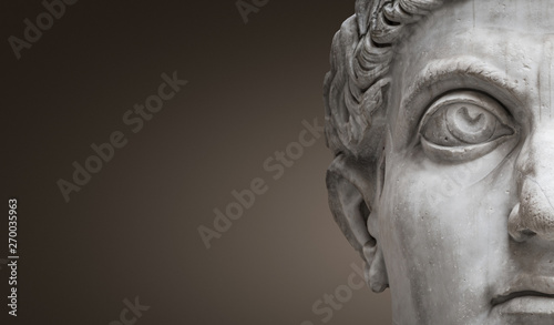 Fotografija Statue of Roman Nobel Man, his face at closeup, isolated at smooth gradient back