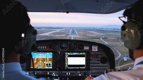 Fotografia Landing plane cockpit view