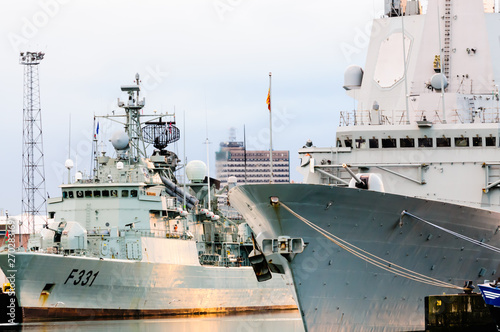 Canvas Print Ships from Standing NATO Maritime Group One (SNMG1) visit Belfast