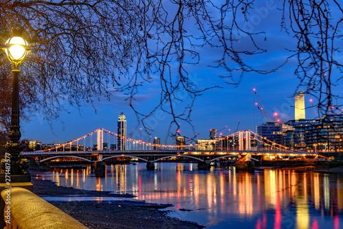 Fototapeta London at dawn
