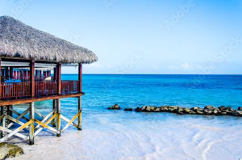 Obraz na plátně hut on the beach