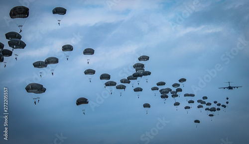 Canvas Print parachutist helicopter airborne operations airplane explosions missiles