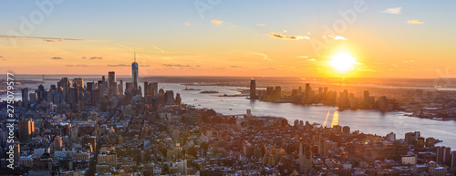 Fotografering View from observation deck on Empire State Building at sunset - Lower Manhatten