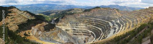 Fotografiet Panorama of big open quarry