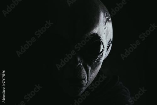 Foto Alien creature has a message for humans