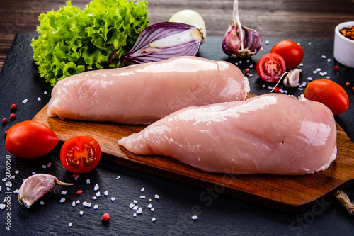 Fotografie, Tablou Raw chicken fillets