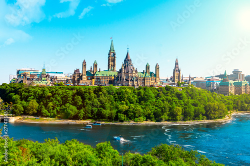 Canvas Print view of the Parliament of Canada in Ottawa