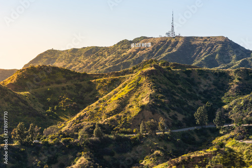 Obraz na płótnie Panorama of the Hollywood Hills and Sign in Los Angeles California, USA