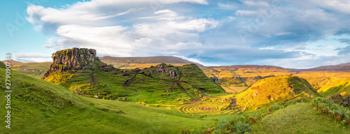 Fotografia Panorama of famous mystic Fairy Glen at sunset, a green valley with romantic landscapes