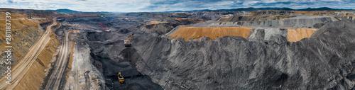 Foto coal mining open pit mine aerial black