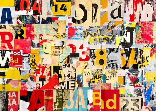 Fototapeta premium Kolaż wielu cyfr i liter zgranych podarte reklamy uliczne plakaty grunge pognieciony zmięty papier tekstura tło afisz powierzchnia tła