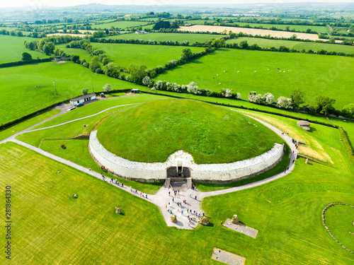 Obraz na plátne Newgrange, a prehistoric monument built during the Neolithic period, located in County Meath, Ireland