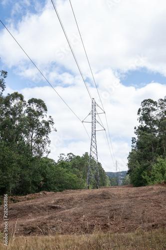 Valokuvatapetti High voltage power line