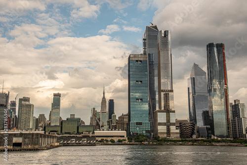 Obraz na plátne Hudson Yards from a boat in the Hudson River