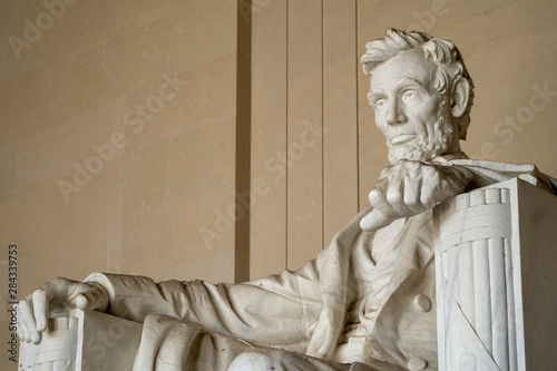Canvas Print Close up of Abraham Lincoln at the Lincoln Memorial in Washington DC