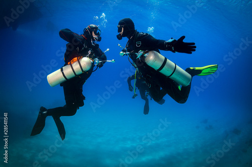 Canvas Print diver and Sidemount
