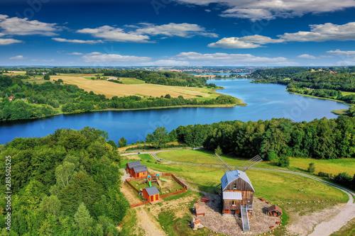 Fototapeta premium Kaszuby-widok z Ręboszewa na jezioro Brodno Małe