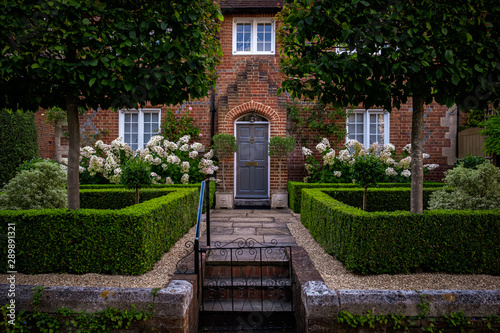 Fotografie, Obraz Step and path leading to period house in Winchester
