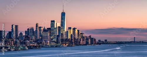 Fotografie, Obraz One World Trade Center and skyline of Manhattan in New York City, USA