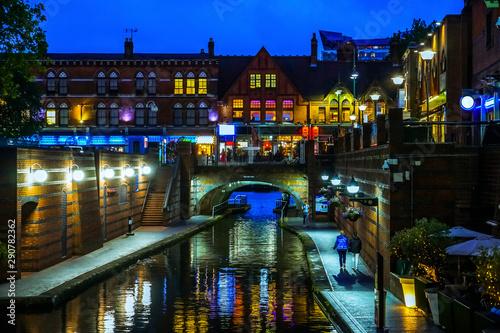 Slika na platnu Famous Birmingham canal in UK