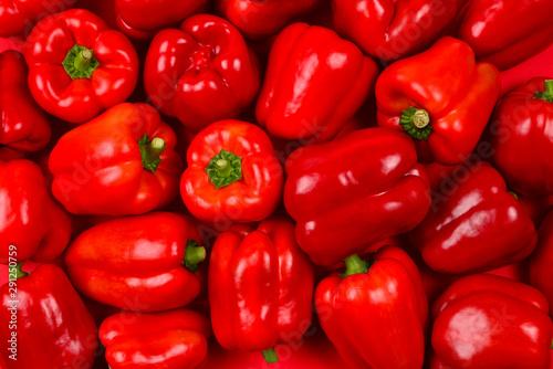 Canvastavla Fresh red bell pepper background.