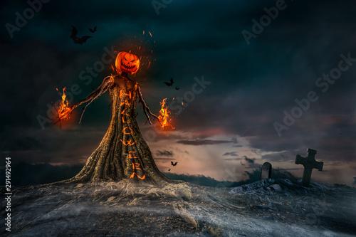 Fotografia Evil Scarecrow Halloween Terrifying Scene