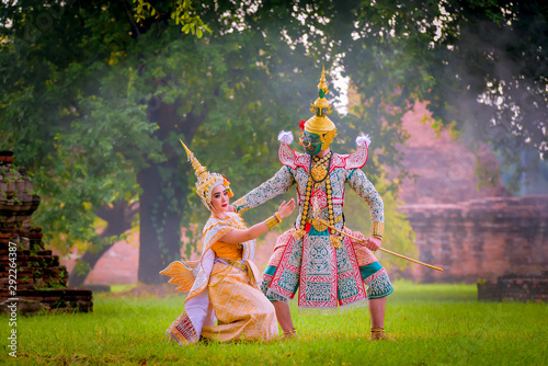 Canvas Print Khon is art culture Thailand Dancing in masked Tos-sa-kan and Suvannamaccha  are showed between Father and daughter in literature Ramayana