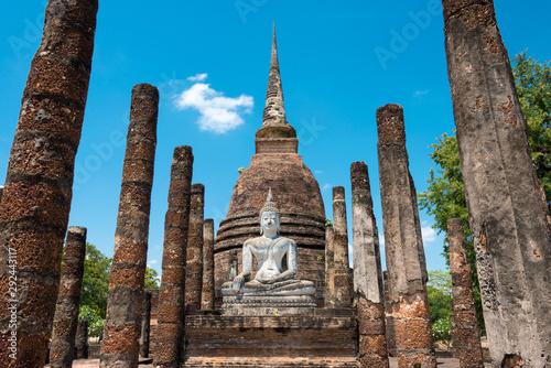 Obraz na płótnie Sukhothai, Thailand - Apr 08 2018: Wat Sra Sri in Sukhothai Historical Park, Sukhothai, Thailand