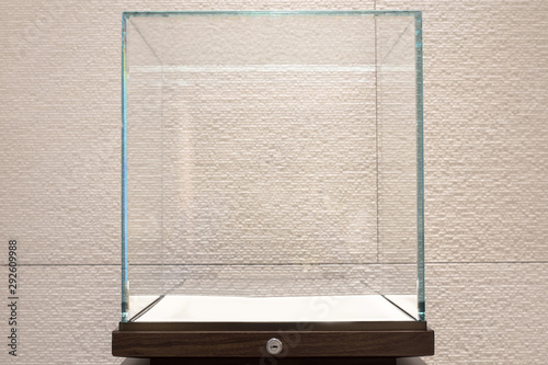 Carta da parati Empty glass showcase display