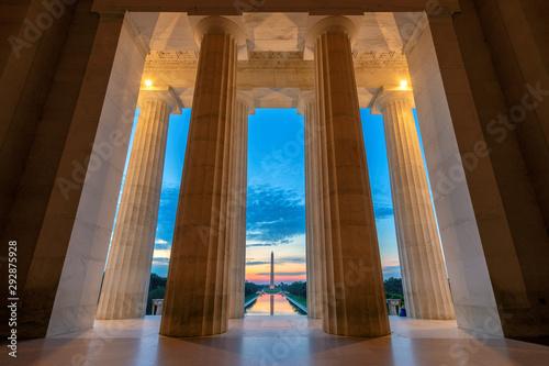Photo Sunrise view at Lincoln Memorial in Washington DC, USA