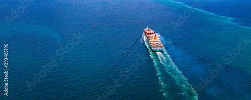 Stampa su Tela Cargo ships with full container receipts to import and export products worldwide