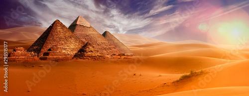 Fotografie, Obraz Giseh pyramids in Cairo in Egypt desert sand sun