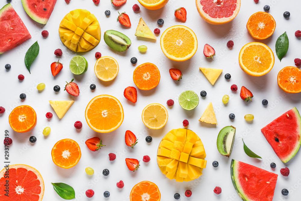 Sweet ripe fruits and berries on white background <span>plik: #293758199 | autor: Pixel-Shot</span>