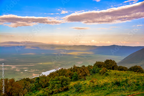 sunset over ngorongoro crater Fototapet