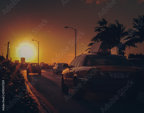 Vászonkép taxi Miami Beach