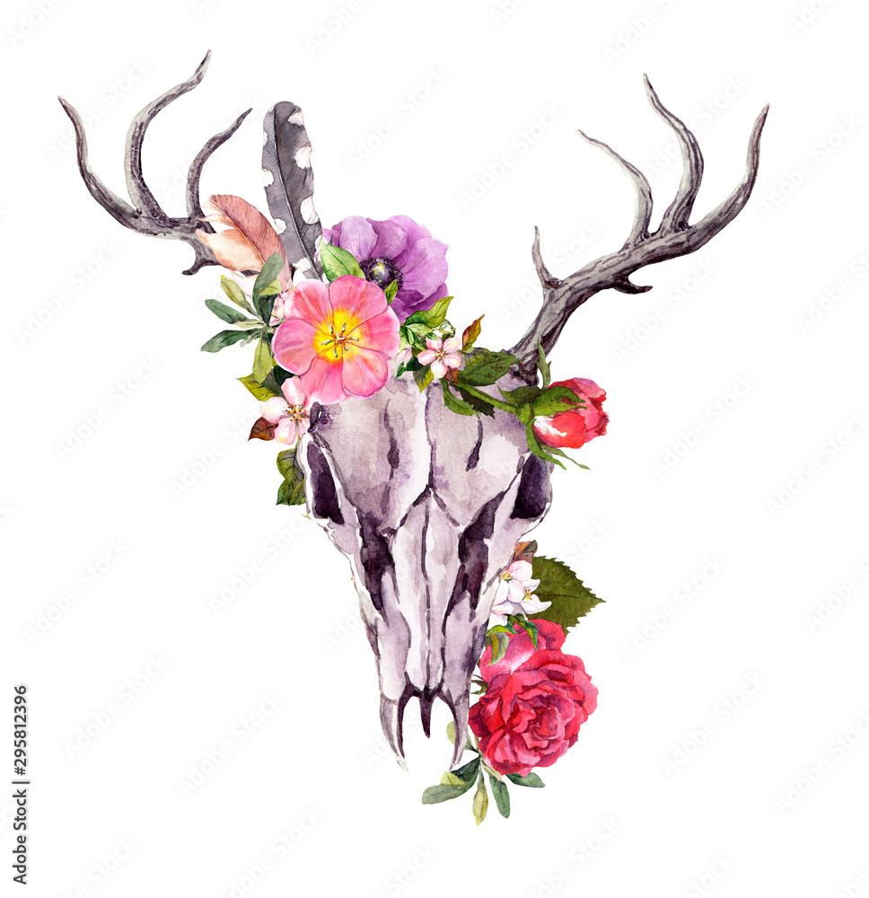 Deer animal skull with flowers, feathers. Watercolor <span>plik: #295812396   autor: zzorik</span>