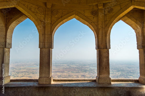 Stampa su Tela Decorative arches of Indian architecture in Indore, Madhya Pradesh