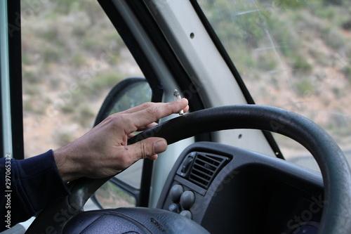 infraction code de la route fumer au volant Fototapeta