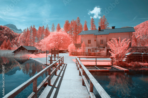 Photo Rural landscape at the area lake Almsee in austria during spring, shot in Infrar