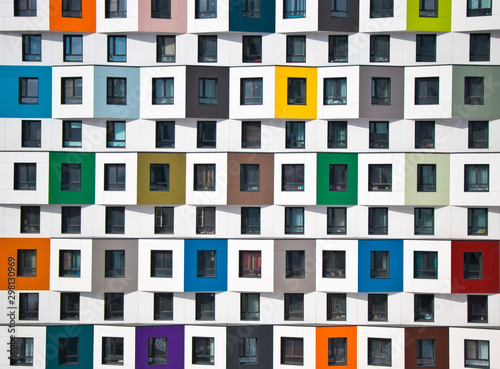 Photo Colorful facade of the new building