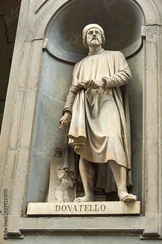 Canvas Print Donatello Statue
