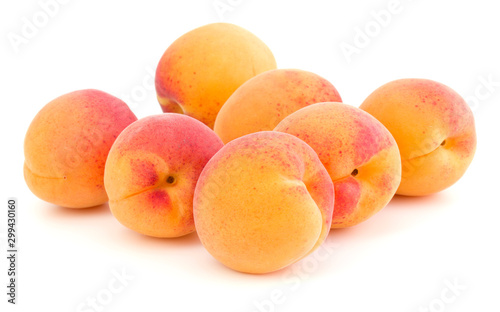 Fotografiet A bunch of apricot fruit isolated on white background cutout