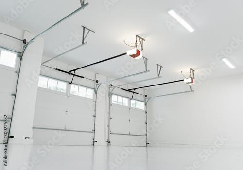 Photo Finished large residential garage interior