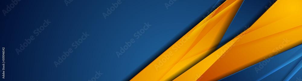 Niebieskie i pomarańczowe błyszczące paski o wysokim kontraście. Projekt streszczenie transparent graficzny technika. Wektor korporacyjnych tła <span>plik: #301046542   autor: saicle</span>