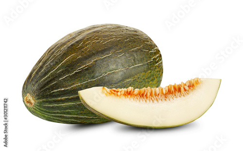Fotografia Delicious green tendral melon in cross-section, isolated on white background with copy space for text or images