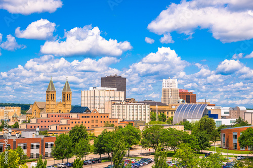 Photo Akron, Ohio, USA downtown city skyline