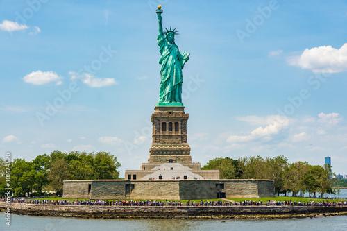 Wallpaper Mural Statue of Liberty