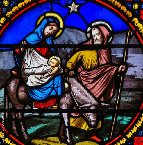 Fotografie, Obraz Stained Glass in Notre-Dame-des-flots, Le Havre - Flight to Egypt