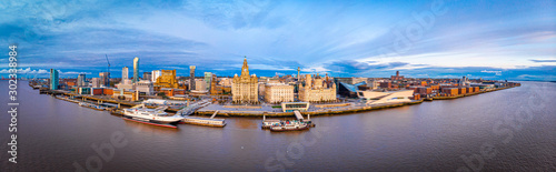 Fotografie, Obraz Panorama of Liverpool waterfront in the evening, Liverpool